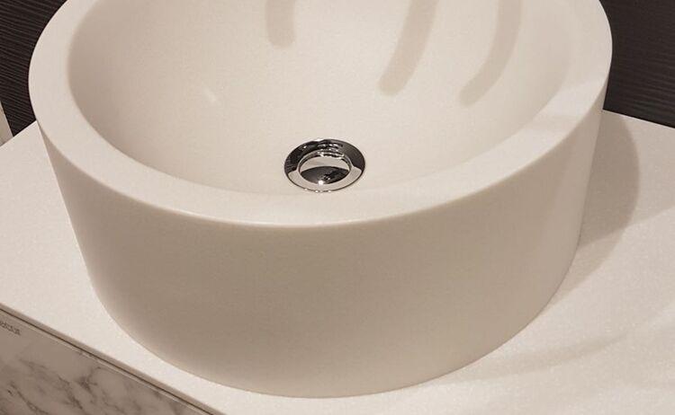 Rehau Waschbecken