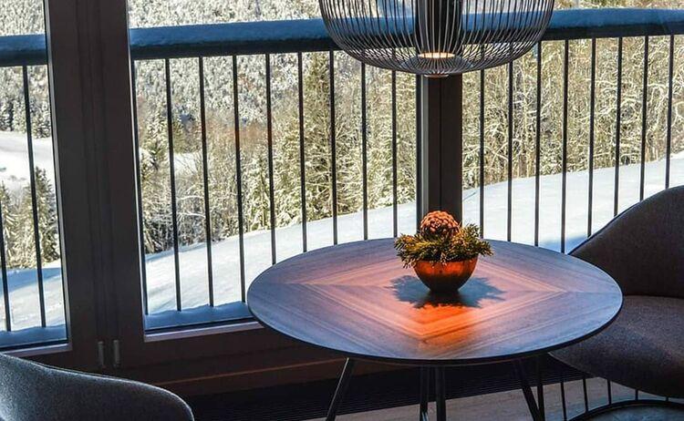 Kemp Panorama Suite Tisch 1